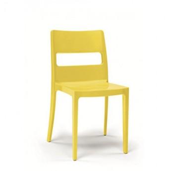 Lot de 30 chaises de la gamme Sai